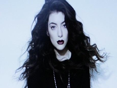 """Lorde divulga tracklist da trilha sonora de """"Jogos Vorazes: A Esperança – Parte 1″"""