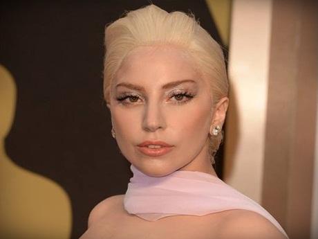 """Lady Gaga confirma gravação do DVD da """"artRave Tour"""""""