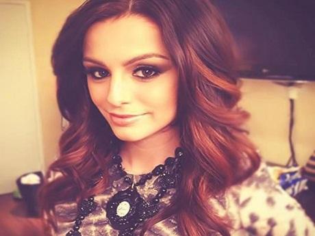 Cher Lloyd sai da gravadora Epic Records
